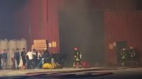 OKSIJEN - Kükürt Deposundaki Yangından Kurbanlık Tosun Son Anda Kurtarıldı