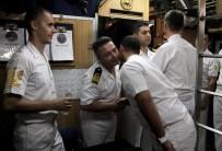 GEMİ PERSONELİ - TCG Çanakkale Denizaltısındaki Askerler Bayramda Unutulmadı