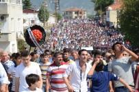 ONDOKUZ MAYıS ÜNIVERSITESI - Sinop Yine Karıştı Açıklaması 300 Kişi Hastaneye Sevk Edildi