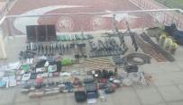 KİMLİK KARTI - Tatvan'da Çok Sayıda Silah Ve Mühimmat Ele Geçirildi
