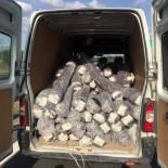 KAÇıŞ - 150 Bin TL'lik Kumaş Hırsızları Jandarmadan Kaçamadı