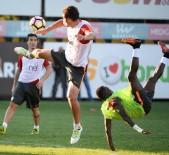 FLORYA - Galatasaray, Çaykur Rizespor Maçı Hazırlıklarını Sürdürdü