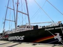 ÇAMAŞIR SUYU - Greenpeace'in Efsane Gemisi Çeşme'ye Demirledi