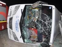 KıRıKKALE ÜNIVERSITESI - Yolcu minibüsü devrildi: 2 ölü!
