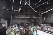 YILDIRIM DÜŞMESİ - Yıldırım Düştü, Fabrika Alev Aldı!