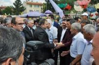 VEYSEL EROĞLU - Bakan Eroğlu, Sandıklı'da Vatandaşlarla Bayramlaştı
