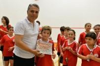 MASA TENİSİ - Başkan Uysal'dan Masa Tenisi Ve Squash Öğrencilerine Sertifika