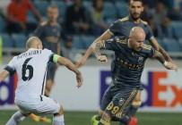 STOCH - Kjaer Fenerbahçe'yi İpten Aldı