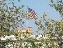YPG - Telabyad'da YPG Amerikan bayrağı açıyor