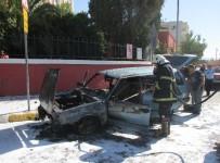 BENZIN - Yakıt Borusu Çatlayan Otomobil Yandı, Benzinlikten Çıktıktan 100 Metre Sonra Yandı