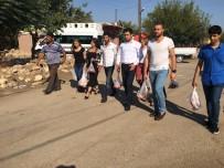 SOLMAZ - CHP'li Gençler Hayırseverin Kurban Etini Dağıttı