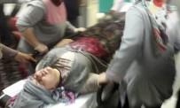 SEDAT YILMAZ - İki Otomobil Kafa Kafaya Çarpıştı Açıklaması 1 Ölü, 7 Yaralı