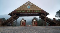 TELEFERIK - Uludağ'a Bayramda Ziyaretçi Akını