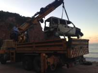 Bartın'da Denize Sürüklenen Araç 34 Gün Sonra Çıkarıldı,