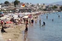 ALTıNKUM - Didim'de Tatilciler Eylül'de Denizin Tadını Çıkarıyor