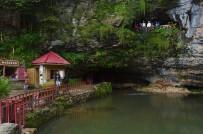 YABANCI TURİST - Dünyanın En Uzun İkinci Mağarasına Ziyaretçi Akını