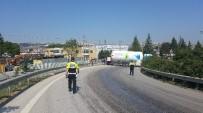KULLAR - LPG Tankeri Yola Dökülen Yağ Sebebiyle Kontrolden Çıktı