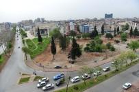 HAŞIM İŞCAN - Muratpaşa'da Eski Gecekondu Alanı Parka Dönüyor