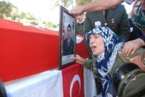 NURETTIN YıLMAZ - Şehit Uzman Çavuş Akatay'ın Cenazesi Son Yolculuğuna Uğurlandı
