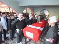 KAFKAS ÜNİVERSİTESİ - Kazada Hayatını Kaybeden Astsubay Son Yolculuğuna Uğurlandı