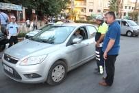 EMNIYET KEMERI - Nazilli'de Trafik Ekipleri Bayramda Boş Durmadı