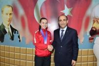YILDIRIM BELEDİYESİ - Yıldırım Belediyesi'nin 'Altın' Sporcusu 5. Kez Avrupa Şampiyonu