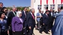 İLKOKUL ÖĞRETMENİ - Başbakan Binali Yıldırım, Bakanlar Yılmaz Ve Arslan'la Birlikte Erzincan'da İlk Ders Zilini Çaldı