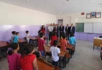 EĞİTİM KOMİSYONU - Başkan Demirkol, Ders Başı Yapan Öğrencilerin İlk Gününde Yalnız Bırakmadı