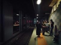 METRO İSTASYONU - Bursa'da Metro İstasyonunda Trafo Patladı