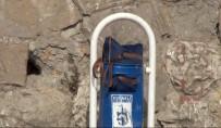 FÜNYE - Çöp Kutusuna Bırakılan Çanta Fünye İle Patlatıldı