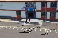 MUHABIR - Diyarbakır'da Milli Eğitim Müdürlüğü, Gazetecilerin Okullardan Görüntü Almasını Yasakladı