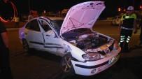 GÜLÜÇ - Işık İhlali Yüzünden Üç Otomobil Birbirine Girdi Açıklaması 1 Yaralı