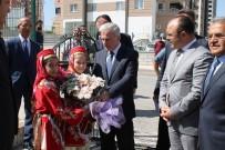 SÜLEYMAN KAMÇI - Kayseri'de İlk Ders Zili 17 Bin Öğrenci İçin Çaldı