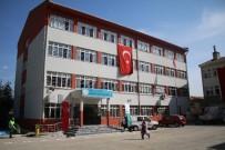 MUSTAFA DÜNDAR - Osmangazi'den Öğrencilere Çanta, Okula Kütüphane
