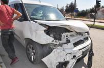 ALANYURT - Polis Aracı Kaza Yaptı Açıklaması 6 Yaralı
