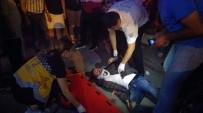 ERDEMIR - Zonguldak'ta Motosiklet Hafif Ticari Araca Çarptı Açıklaması 2 Yaralı