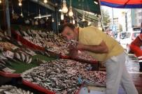 BALIK PAZARI - Av Sezonu Açıldı, Balıklar Tezgahları Şenlendirdi