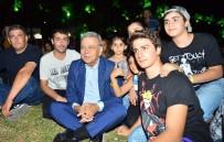 AZIZ KOCAOĞLU - Başkan'ın Çimde Konser Keyfi