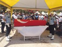 ALI YERLIKAYA - Şehit Özel Harekat Polisini Binler Uğurladı