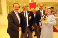 GAZİLER DERNEĞİ - Başkan Şahin, Gaziler Ve Şehit Ailelerini Yemekte Ağırladı