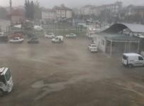 SU BASKINI - Bursa Yağış Ve Fırtınaya Teslim