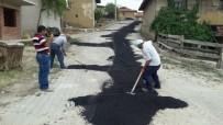 ONARIM ÇALIŞMASI - Cadde Ve Sokaklara Asfalt Yama Çalışmaları