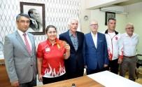BRONZ MADALYA - Görme Engelli Milli Sporcunun Azmi Türkiye'ye Madalya Kazandırdı