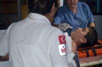 ULUDAĞ ÜNIVERSITESI - Kamyonun Altında Kalan Bisikletli Çocuk Ağır Yaralandı