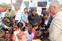 AHMET GAZI KAYA - Narinceli Öğrencilere Kırtasiye Yardımı Yapıldı