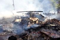 BÜYÜKBAŞ HAYVAN - Yangın Bir Köyü Yok Etti