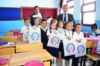 SELÇUK ÇETIN - Pursaklar Belediyesi 26 Bin Öğrenciye Kırtasiye Paketi Dağıttı