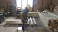 OTOBÜS DURAĞI - Belediye Atölyeleri Aralıksız Çalışıyor
