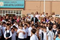 ÇANKAYA BELEDIYESI - Çankaya Belediye Başkanı Taşdelen Yenilenen Okulları Ziyaret Etti
