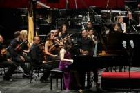 GÖKÇEN ÖZDOĞAN ENÇ - Dünyaca Ünlü Piyanist Demokrasi İçin Çaldı